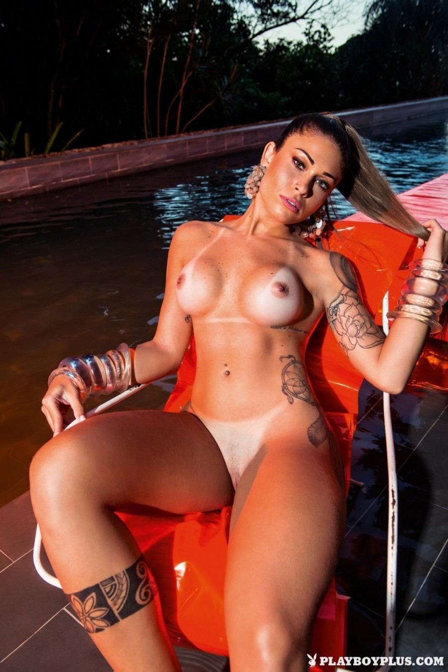 Curvy Latina MILF gets naked