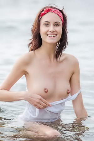 Sabrina G Gets Hard Nipples In Freezing Cold Water